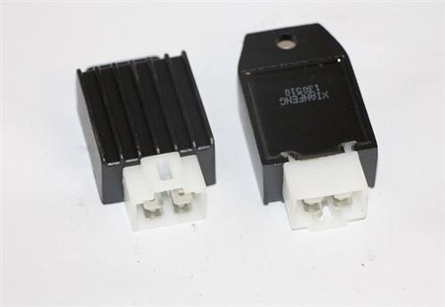 Gleichrichter Spannungs Lichtmaschinen Regler 12V Quad ATV 49 - 125cc