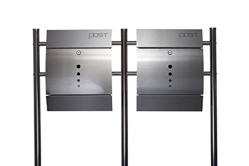 Sarah B Design Doppel Briefkastenständer Set (Ständer und 2 Briefkästen mit Zeitungsfach) Edelstahl 120 cm hoch in Silber.HPB38254 + HPB078-N1 Rostfrei