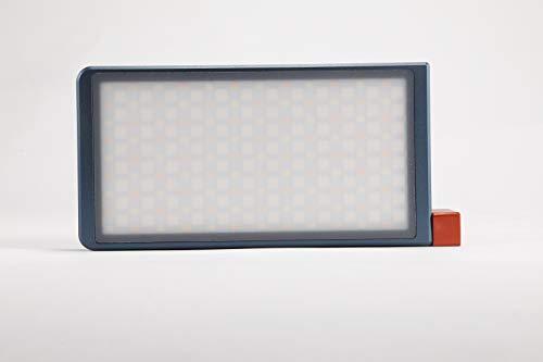 Falcon Eyes F7 RGB Regulable 2500-9000K CRI97 Fotografía LED Cámara de Vídeo Luz Mini de Bolsillo en la Cámara con 16 Situaciones Aplicables, Sistema de Soporte Ajustable 360°