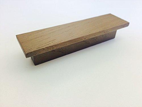 Tirador moderno para cajones, armarios, muebles de cocina de madera con acabado en color nuez y la distancia entre los agujeros 64 mm, modelo 846