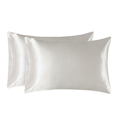 Bedsure Funda Almohada 50x75cm Satén Blanco Marfil - Juego de 2 Fundas Almohadas 75x50 Pelo Rizado, Muy Liso Suave de 100% Microfibra, Antiarrugas sin Cremallera, 2 Piezas