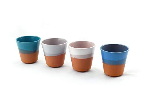 Hostelnovo - Juego de 4 Vasos para Agua, café o Cualquier Tipo de Bebida - Fabricado en España y Pintado a Mano - Cerámica Natural - 4 Colores : Azul, Verde Turquesa, Gris y Blanco - 250 ml