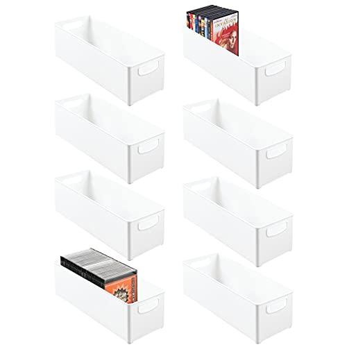 mDesign Juego de 8 cajas de almacenaje apilables para guardar DVD – Sistema de almacenaje con asas para DVD, CD y videojuegos – Caja para DVD de plástico – blanco