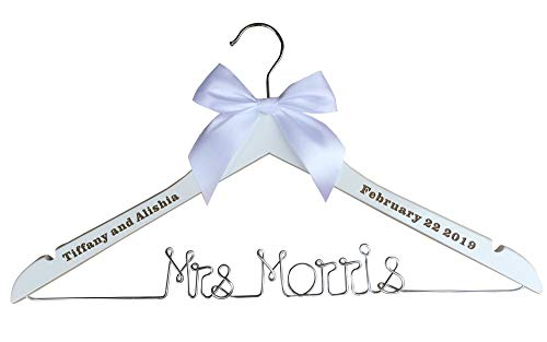 VVFOR Mrs Smith Hangers,Wedding Custom Name Hanger, Custom Initials Bridemaids Dress Hangers, Personalized Wedding Gifts, Heart, Silver Wire Hangers,