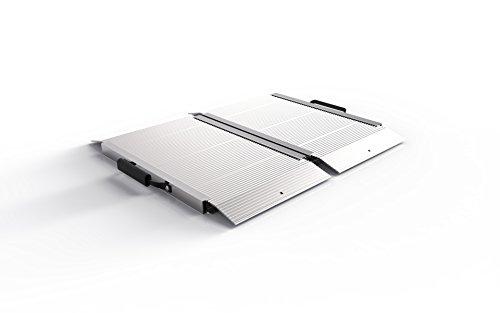 EZ-ACCESS TRAVERSE Singlefold Edgeless Portable Loading Ramp, 2'