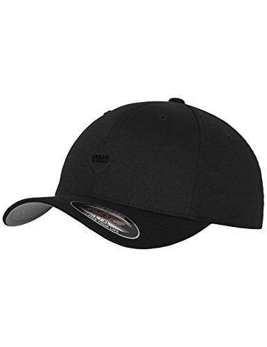 Urban Classics TB1029 Unisex Baseball Leatherpatch Flexfit Cap Schwarz (Blk/Blk 17), One size (Herstellergröße: S/M)