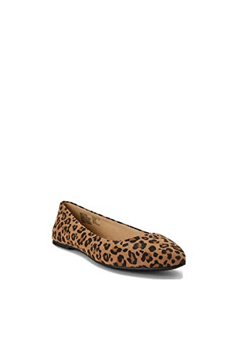 Time and Tru Women's Wide Basic Leopard Ballet Flat Time and Tru  via @amazon