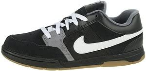 Nike Mogan Jr (Big Kids)
