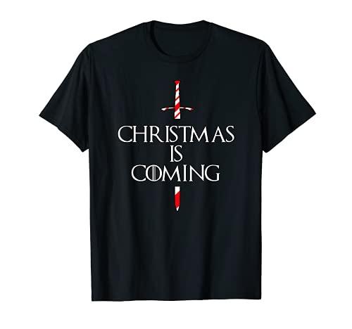 La Navidad se acerca la espada medieval de caña de caramelo Camiseta