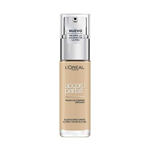L'Oréal Paris Accord Parfait, Base de maquillaje acabado natural con ácido hialurónico, tono piel claro 1.5N, 30 ml