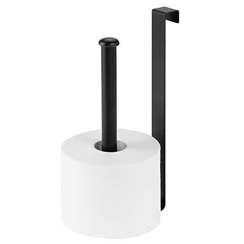 mDesign Dispensador de papel higiénico de alambre de metal sobre el tanque y soporte para rollos de papel higiénico y reserva para almacenamiento y organización del baño –...