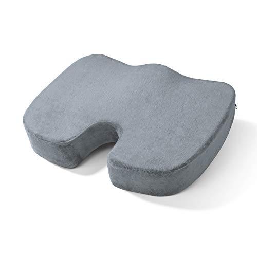 VITALmaxx Ergonomisches Gel-Sitzkissen | Optimaler Sitzkomfort auf jedem Stuhl | Mindert Druck auf Muskeln, Gesäß und Steißbein | Mit Memory Foam/Komfortschaum [grau]