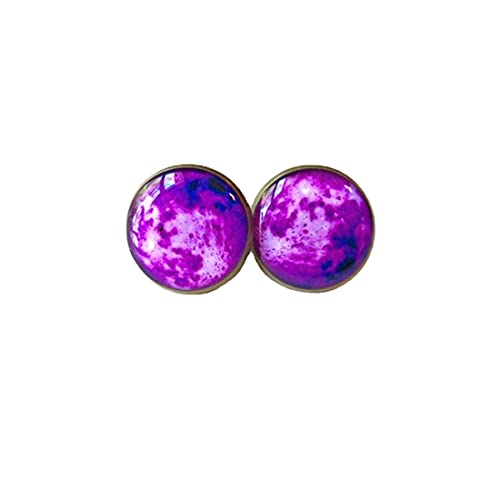Pendientes de tuerca con diseño de luna de neón morado – Joyería de cultura pop gótica en colores pastel – Joyería hippie espacio exterior luna – Pendientes lindos de luna púrpura