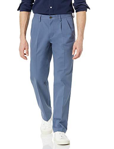 Amazon Essentials Classic-Fit Wrinkle-Resistant Pleated Chino Pant Pantalones de Vestir, Azul Índigo, 42W / 32L