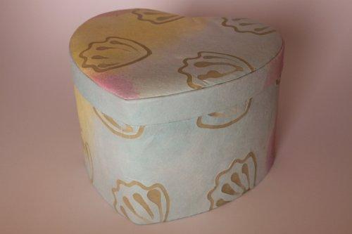 Kronos - Urne biodégradable en papier decorée en forme de coeur - Dim : Cm. 20 x 15 x 12; vol. lt 3,30