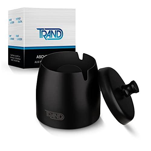TRAND – Premium Aschenbecher mit Deckel – Handlicher Edelstahl Aschenbecher – Winddicht & Tragbar – Tischaschenbecher – Rutschfest – Draußen & Innen – Mit Bürste – [Ø 7cm, Höhe 8cm]