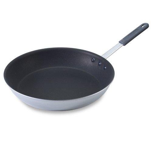 Nordic Ware Restaurant Cookware 145 Inch Skillet