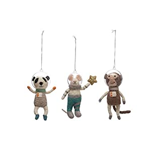 "Very cute set of 3 Wool and Felt Animals with plastic Astronaut Helmets, these critters will make your holidays Space-tacular! NEW 5.25"" Wool & Felt Ornaments with Plastic Helmet"