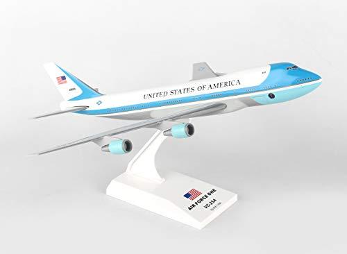 Daron SKR041 Air Force One Boeing 747-200 1/250 Skymarks Modelo de avión, Blanco y Azul
