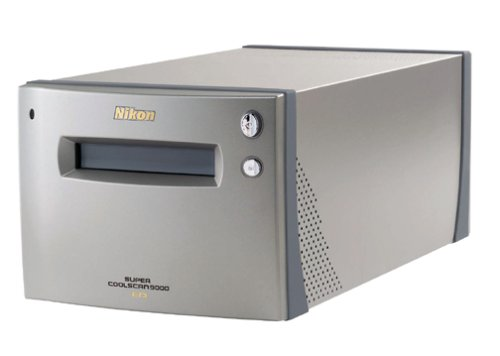 : Nikon Super CoolScan 9000 ED Film Scanner : Slide Negative Scanners