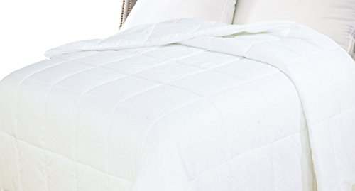 Natural Comfort White Down Alternative Comforter with Embossed...