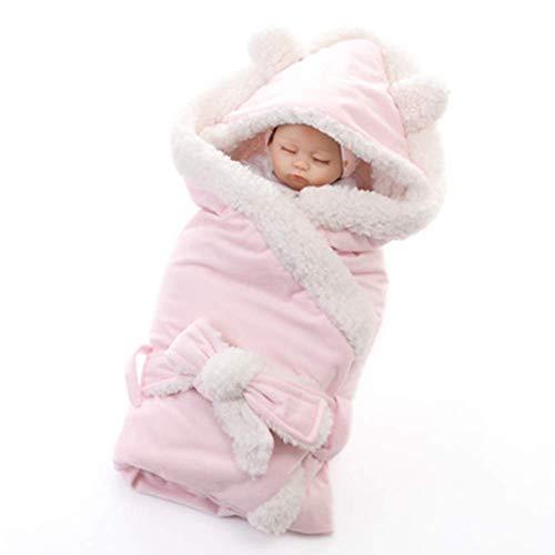 Pasgeboren baby verpakt in een babydeken slaapzak voor 0-12 maanden baby