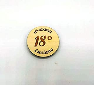 10 pezzi BOMBONIERA compleanno 18 anni Magnete calamita personalizzata nome e data SEGNAPOSTO legno