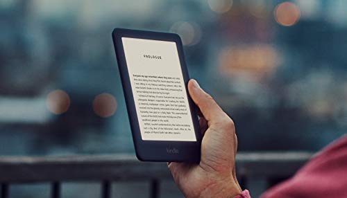 Kindle, now with a built-in front light - Black (Electronics)