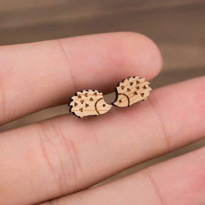 『ピアス ハリネズミ 木製 ウッド ビンテージ レディース ねずみ アニマル 小ぶり スタッド』の4枚目の画像