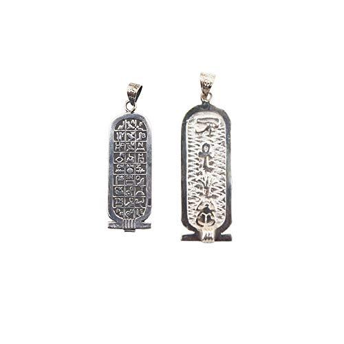 Amulette des alten Ägypten in einer Kartusche aus hellem Silber, hergestellt in Ägypten, Horusauge, Glückskäfer, ANK der Schlüssel des Lebens und ISIS Göttin der Liebe.