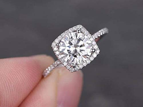 Max 48% OFF 1.50 Carat Halo Moissanite and Diamond Ring Finally resale start 10k Wh in Engagement