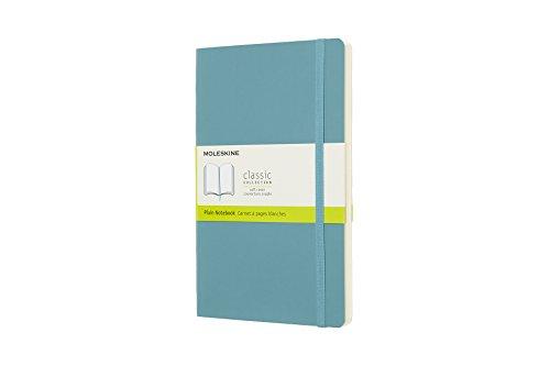 Moleskine Classic Notebook, Taccuino con Pagine Bianche, Copertina Morbida e Chiusura ad Elastico, Formato Large 13 x 21 cm, Colore Azzurro Blu Reef, 192 Pagine