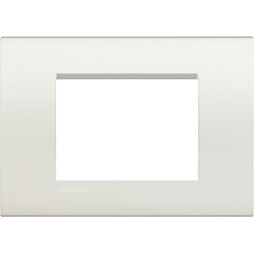 BTicino Livinglight Placca 3 Moduli, Forma Rettangolare, Bianco, 1 Pezzo