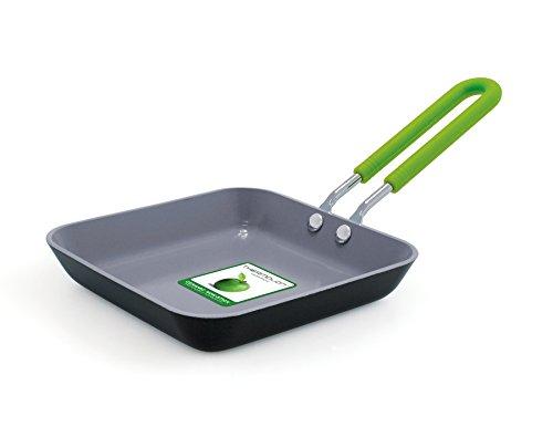 GreenPan CW001360-002 Cerámica saludable 100% ToxinFree Antiadherente Utensilio de metal / Lavaplatos / OvenSafe Sartén cuadrada de huevo abierto con funda de silicona - 12.5cm - Negro / Verde