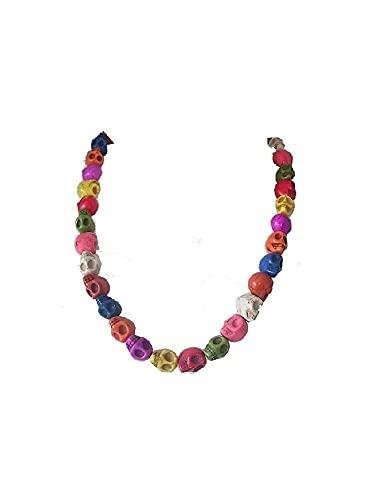 Cadena con cadena corta con piedras preciosas de colores en forma de calavera.