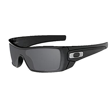 8c08651e575 Amazon.com  Oakley Men s Batwolf Polarized Sunglasses (Matte Black  Frame Fire Iridium Lens)  Clothing