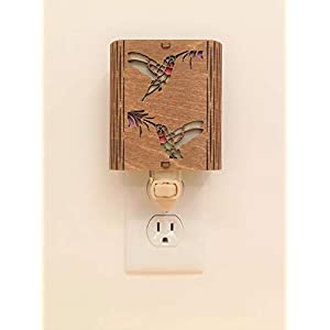 Hummingbirds Night Light, Vermont Lamps Night Light, Hand Made, Wooden, Hummingbirds, Ideal for Bedroom, Hallway, Baby's Room, Bathroom, Nursery, Long Lasting LED Bulb