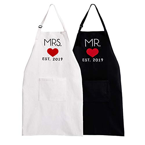 UJoowalk His and Her ApronsBlack White Wedding Gifts for Couple Bridal Shower Newlywed Thanksgiving Day Gifts(2019 Heart)