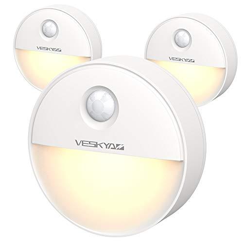 VESKYAO Luz de Noche con Sensor de Movimiento (3 Packs), con Almohadillas Adhesivas y Imán Integrado, Luz Presencia LED Pilas para Armario, Dormitorio, Escalera, Pasillo, Cocina, Baño, Garaje