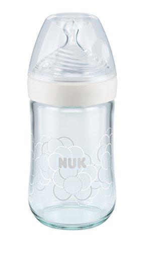 NUK Nature Sense Babyflasche aus Glas, 0-6 Monate, brustähnlicher Silikon-Trinksauger, 240 ml, weiß