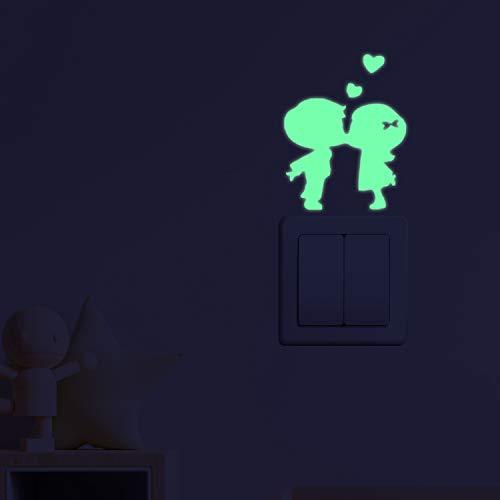 Wall Stickers bagliore nel buio. vinile decorativo per spina o interruttore BAMBINI BACIARE. Adesivi fluorescenti. fogli luminosi