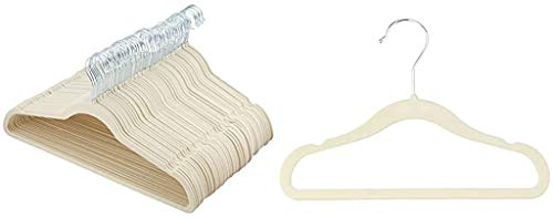 Amazon Basics - Perchas de terciopelo para trajes - Paquete de 50, Marfil 🔥