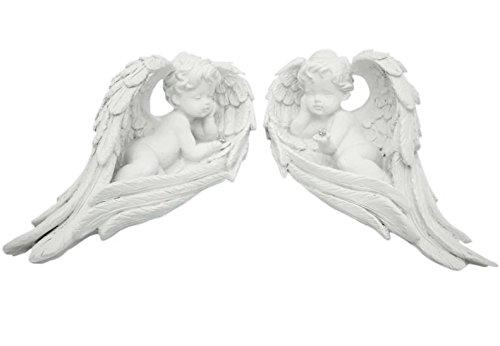 Engel in Flügel liegend 2-fach Polyresin, weiß,mit Diam.kugel