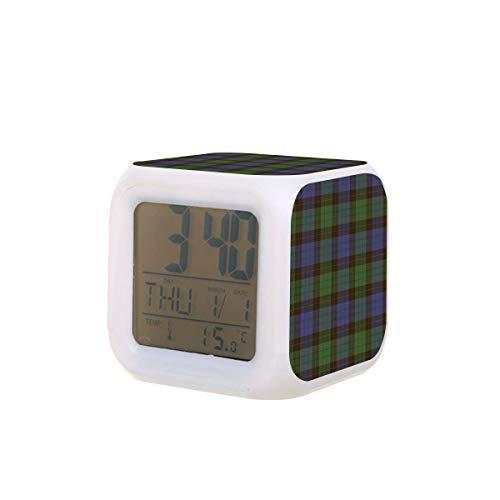 Stewart Old Clan Tartan LED Digital Despertador Calendario Temperatura Colorida Luz de la Noche Dormitorio Reloj de Escritorio Reloj de Escritorio con Batería