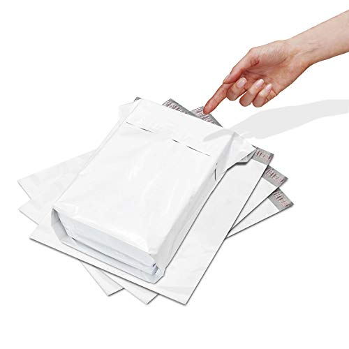 100 Pack of White Poly Mailers 11 x 13 x 4. Gusseted Poly Mailers. Poly shipping bags for clothes. White shipping polymailers. Plastic mailing bags. Packaging & packing. Waterproof. Tamper resistant.
