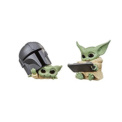 Star Wars The Bounty Collection - Serie 3 - Figuras The Child - Set de 2 Figuras de 5,5 cm - Mirando Dentro del Casco, Tableta Datapad - Edad: 4+