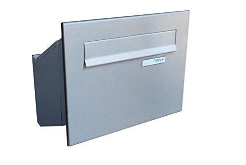 D-241 XXL Edelstahl Mauerdurchwurf Briefkasten mit Namensschild (Tiefe: 23-38 cm) - LETTERBOX24.de