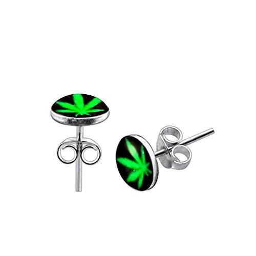 Pendientes de tuerca de plata de ley 925 con diseño de hoja de marihuana sobre fondo negro