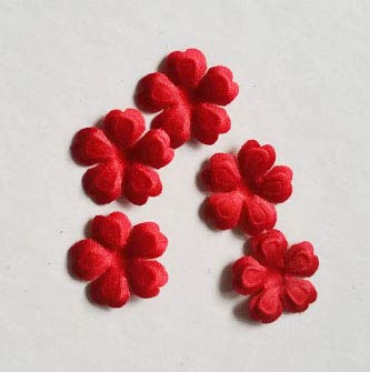 YFB 100 Stück farbige Blumenschleier Accessoires Braut Kopfschmuck Mini Blütenblätter dreidimensionale Falte Blumenstück Brautkleid Accessoires rot 10 Stück Preis Größe 1,5 cm