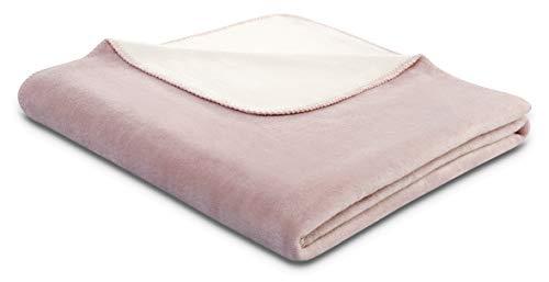 biederlack® flauschig-weiche Kuschel-Decke aus Baumwolle & Dralon I Made in Germany I Öko-Tex I nachhaltig produziert I Couch-Decke Cotton Doubleface in rosa-beige I Sofa-Decke in 150x200 cm